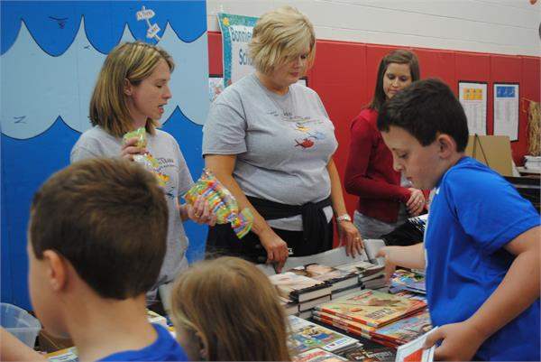 The Hart County Schools District Literacy Even 2015--Reading: An Underwater Adventure